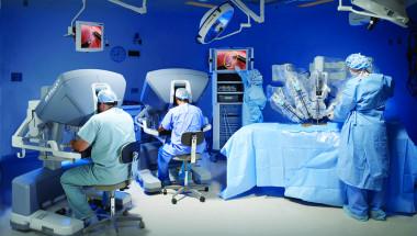 Д-р Янчо Делчев: Роботите са бъдещето в хирургията