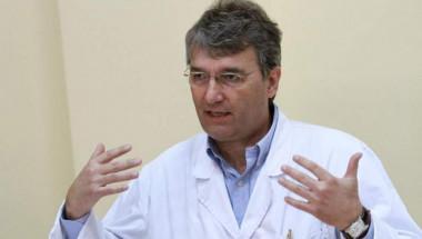 """Светило в медицината от """"Александровска болница"""" обяви голям пробив в борбата с Алцхаймер"""