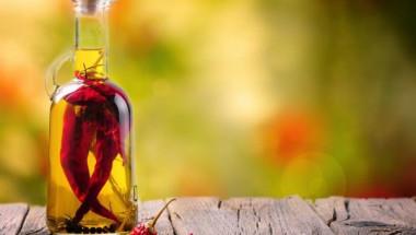 Невероятна комбинация от зехтин и люти чушки решава тези 7 проблеми на здравето ви