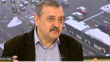Проф. Кантарджиев: Лечението на усложненията при новия грип струва по 1000 лева на ден