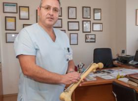Проф. Неделчо Цачев: Все повече млади хора страдат от коксартроза след травма