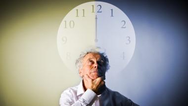 Защо колкото повече остаряваме, се засилва усещането, че времето тече по-бързо ?