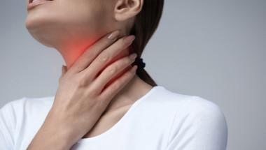 Учени алармират кои пренебрегнати симптоми може да са знак за рак на ларинкса