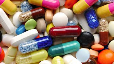 1 милион души умират от фалшиви лекарства всяка година