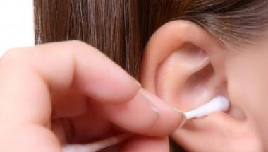 Цял живот сте чистили ушите си грешно, ето как да го направите у дома