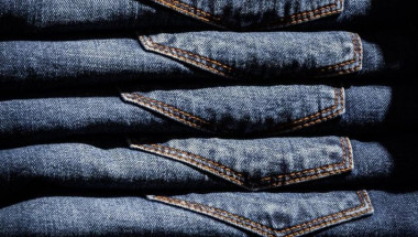 Колко често трябва да перем дънките си?