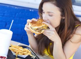 Бързото хранене е с лоши последствия за здравето ни през последните 30 г.