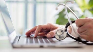 Мога ли да сменя личния лекар, без промяна на адресната регистрация?