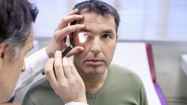 "Д-р Яни Здравков: Диабетът ""обича"" окото"