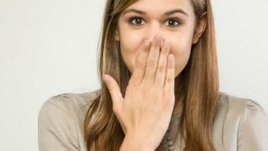 6 елементарни трика за спиране на хълцането