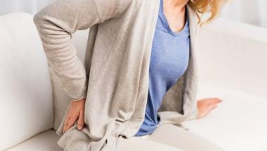 Лекарите изброиха 5 навици, които вредят на гръбначния стълб
