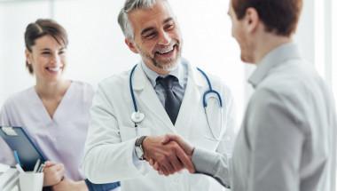 Може ли чужденец да има личен лекар в България?