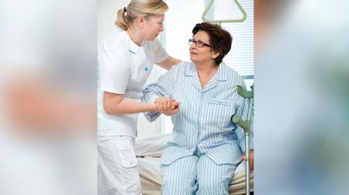 Има ли право инвалид на еднократна социална помощ за плащане на операция?