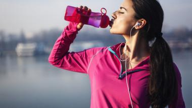 Как да пием водата с максимална полза за здравето?