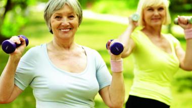 Сутрешна гимнастика за жени над 60