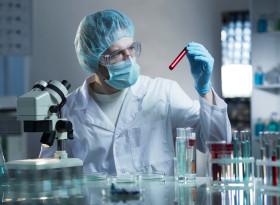 Кой трябва да извърши предоперативните изследвания при прием в болница?