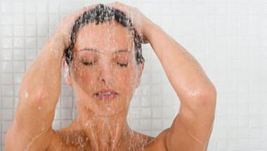 Хора, които не се мият повече от 10 години, разказаха колко им е добре