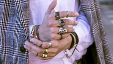 Носенето на сребърни пръстени помага ли при артрит?