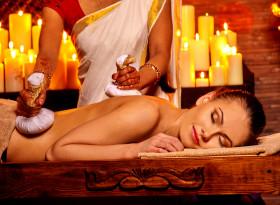 Аюрведичният масаж с масла подобрява настроението