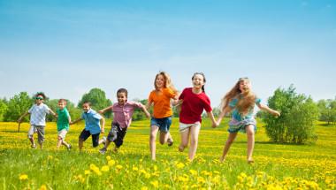 3 часа игра навън пазят децата от късогледство