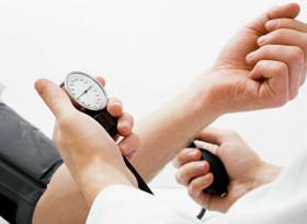 Известен немски кардиолог посочи как да свалим кръвното без лекарства
