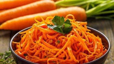Какво представляват моркови по корейски и кой абсолютно не трябва да ги яде