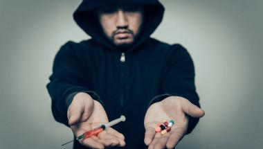 Доц. Антоний Гълъбов, социолог: Обществото ни е най-нетолерантно към наркоманите