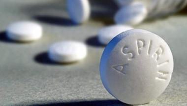 Учени предупредиха за още една смъртоносна опасност от аспирина