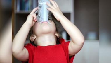 Млякото е полезно в малки количества