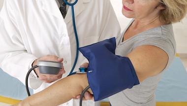 Често хипертонията е придружена от нарушение на мастната обмяна