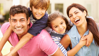 Игрите у дома сплотяват семейството