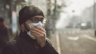 Лош дъх зад защитната маска? 10 причини и лекарства за проблема