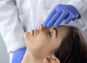 Има ли клинична пътека за ринопластика?