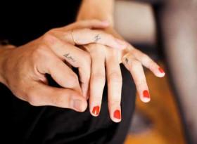 Учени сензационно: Дългият безимен пръст пази от COVID-19