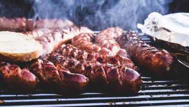 Какви са опасностите от барбекюто и кое месо може да причини рак