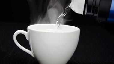Подмладяване на организма с гореща вода