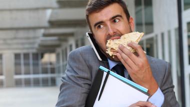 Стрес  и бързо хранене водят до възпалителни чревни заболявания
