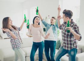Проф. д-р Петко Маринов, д.м.: 12 - 14-годишни деца системно прекаляват с алкохола