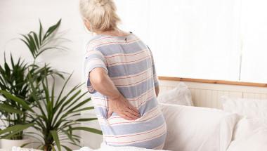 Защо ме боли гърбът при по-силна кашлица?