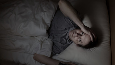 Защо през нощта се повишават температурата и кръвното налягане?