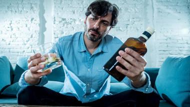 Прост тест разкрива алкохолик ли сте