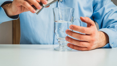 Алкалната вода убива рака