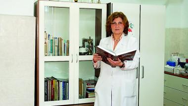 Проф. д-р Снежина Василева: От години лекуваме косопад с терапия за COVID-19