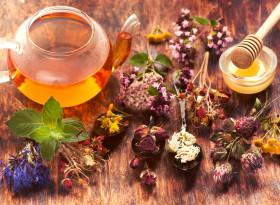 Ефективни билкови чайове за сияеща кожа