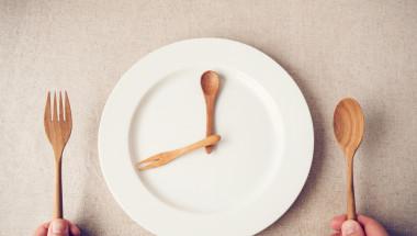 Интервалното гладуване: спасение или измислица?!