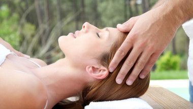 Масаж с етерични масла спира мигрената
