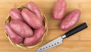Сокът от червени картофи е полезен за хората с язва