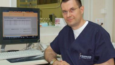 Доц. д-р Добрин Василев: Половината от пациентите с артериални стеснения не се нуждаят от стентиране