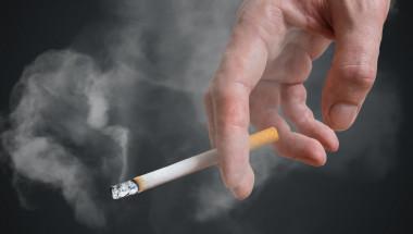 Година след отказ от цигарите рискът от коронарна болест намалява наполовина
