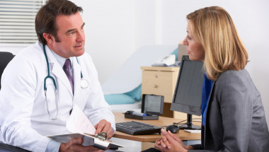Кой трябва да удължи болничния на онкоболен пациент?